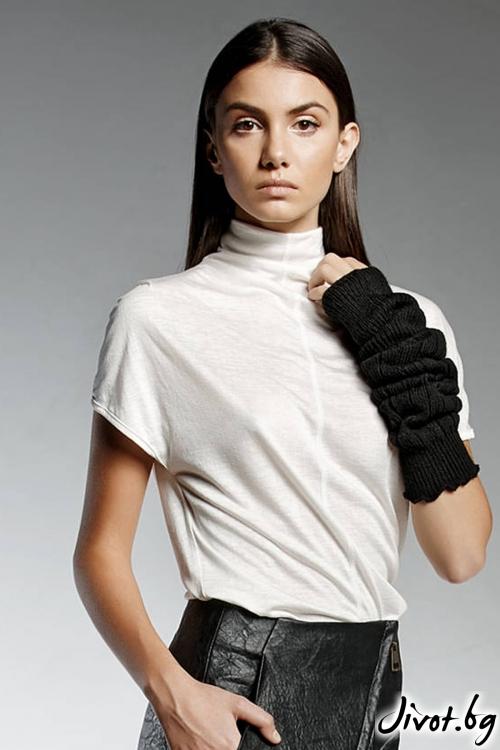 Уникална бяла дълга тениска / PENDARI