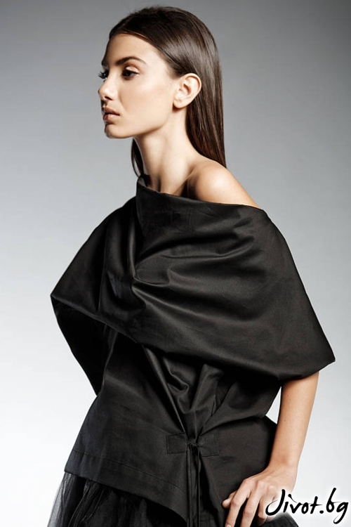 Черна блуза с кимоно ръкави IVE / PENDARI