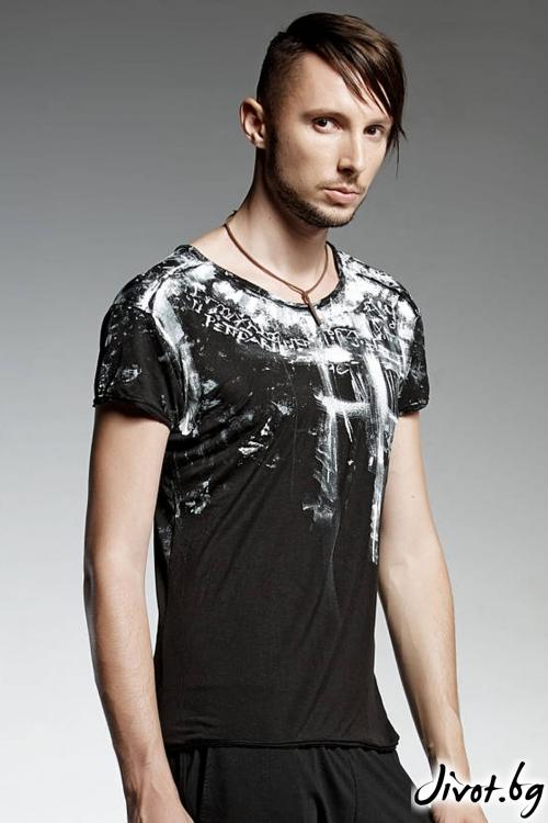 Мъжка ръчно рисувана черна тениска / PENDARI