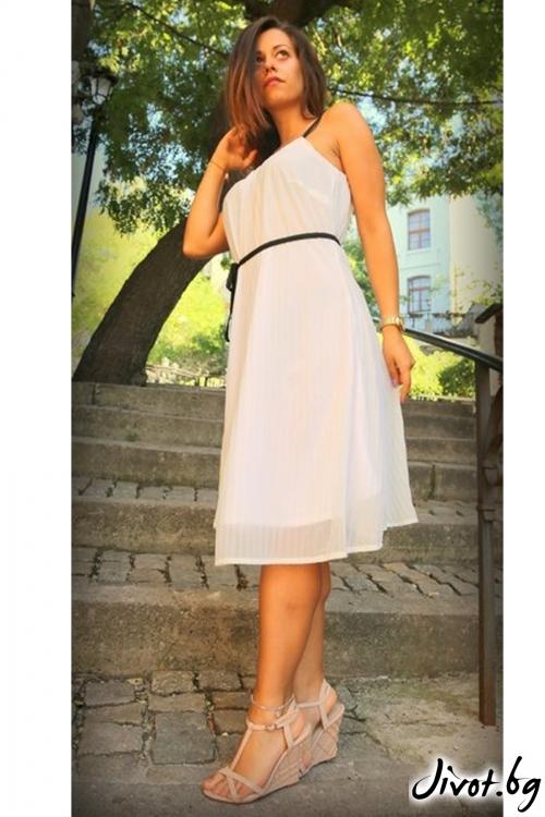 Бяла рокля солей с красиви презрамки / ALENIA