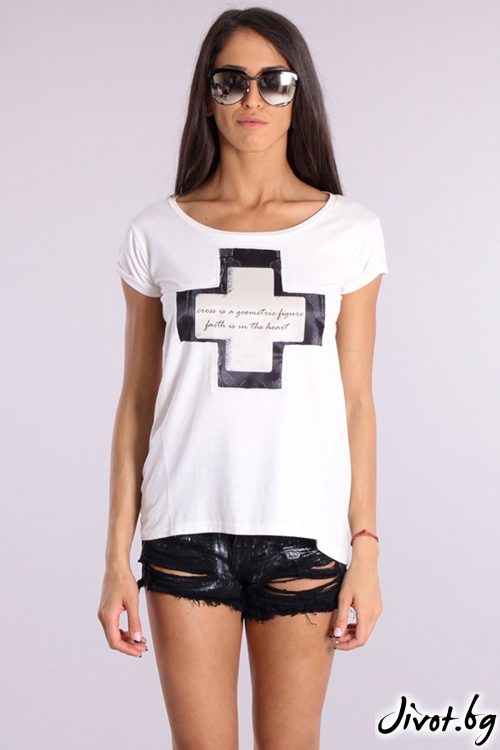 Дамска тениска с къс ръкав и пришит сатенен принт / Cherry You