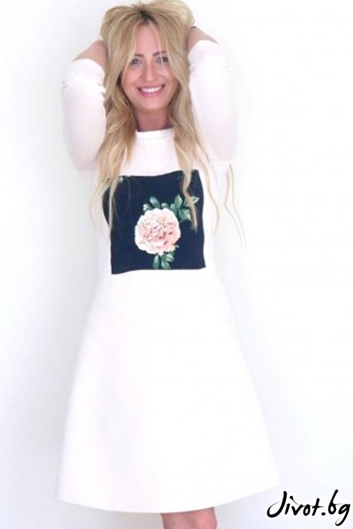 Бяла рокля от плътно трико / LENA