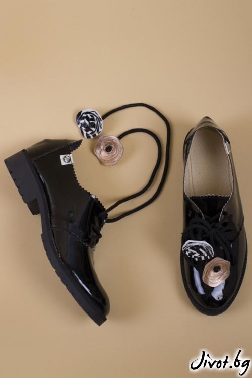 Черни кожени обувки с ръчна декорация PESH ART