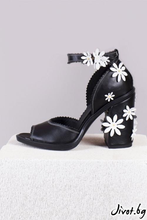 Черно кожени обувки със цветя Peek-a-boo / PESH ART
