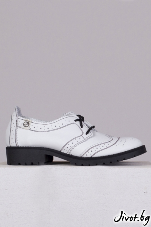 Кожени бели обувки с декорация Mono / PESH ART