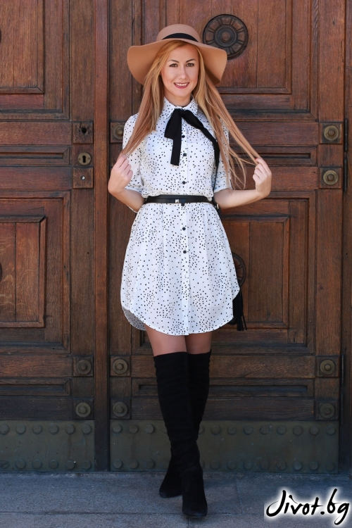 Бяла рокля с точки и колан / LENA
