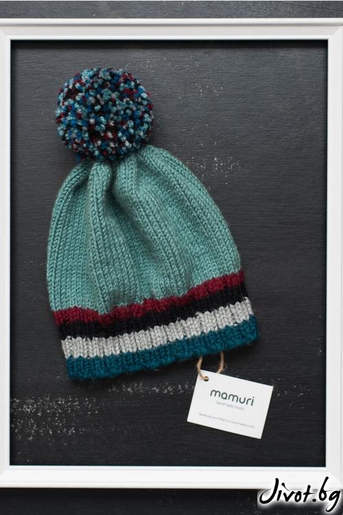 Красива ръчно плетена шапка с понпон и шарени лентички / MAMURI Handmade studio
