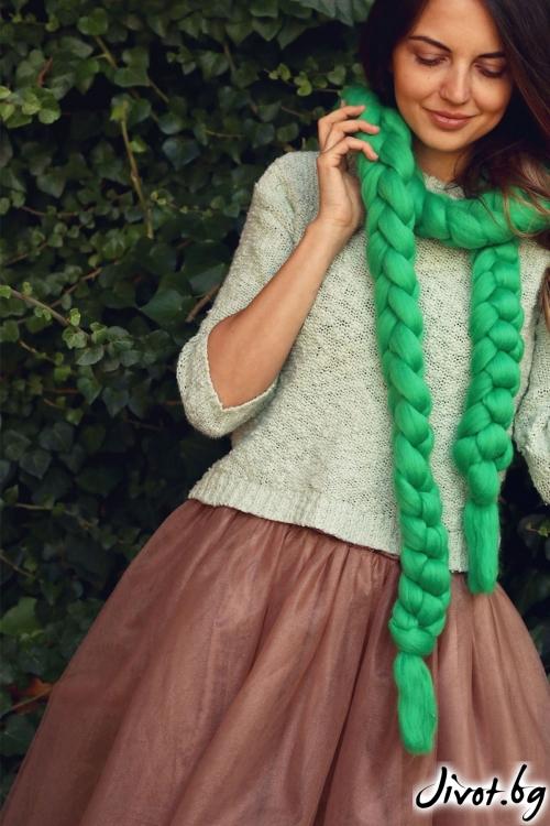Красив ръчно изработен шал