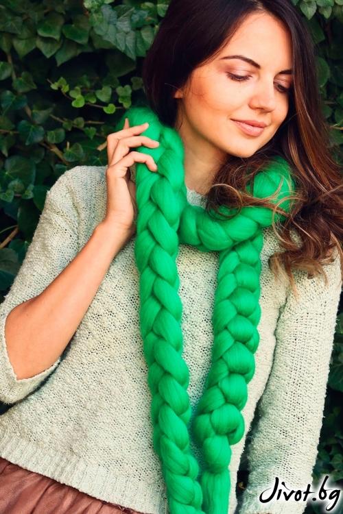 Дълъг зелен шал от мерино / Wanderlust