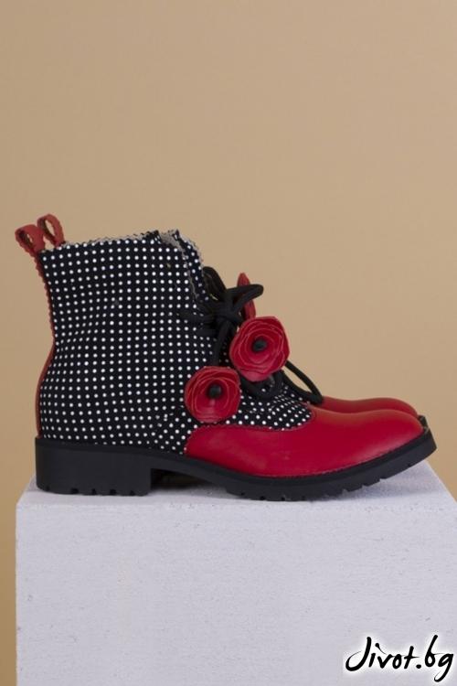 Дамски ръчно декорирани кожени обувки 1960 / PESH ART