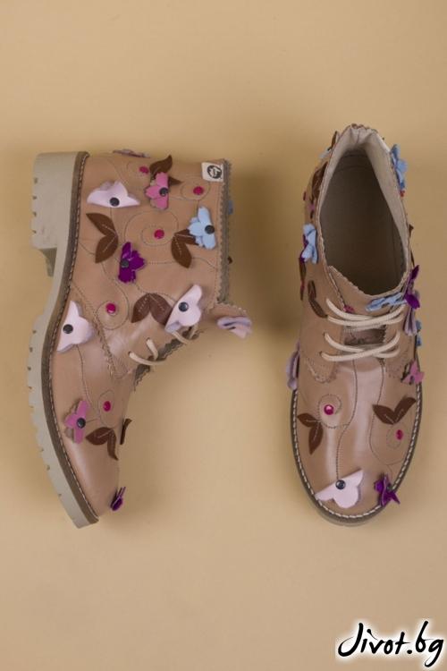 Дамски ръчно декорирани кожени обувки Flora Beige / PESH ART