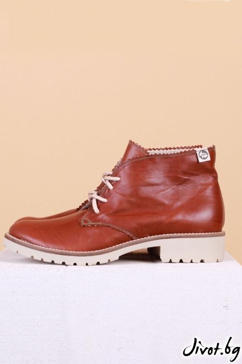 Дамски ръчно декорирани кожени обувки Classic Clark in Light Brown / PESH ART