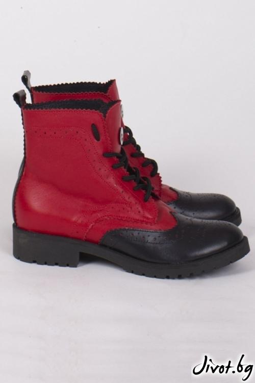 Дамски ръчно декорирани кожени обувки Red Riding Hood's Combat Boots / PESH ART