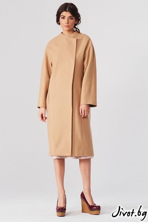 Вълнено дълго палто в цвят карамел / Lila Style House
