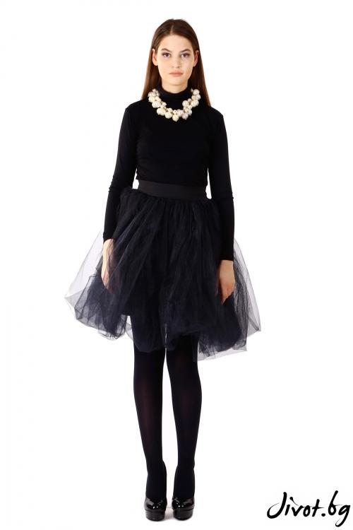 Дамска черна пола от тюл