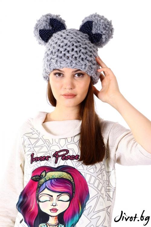 Сива ръчно плетена шапка / Cherie Marie
