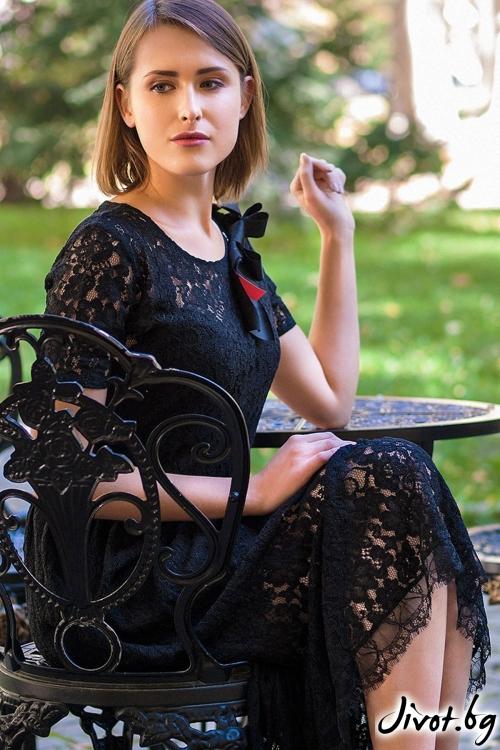 Дантелена рокля Lace Decollage / Décollage