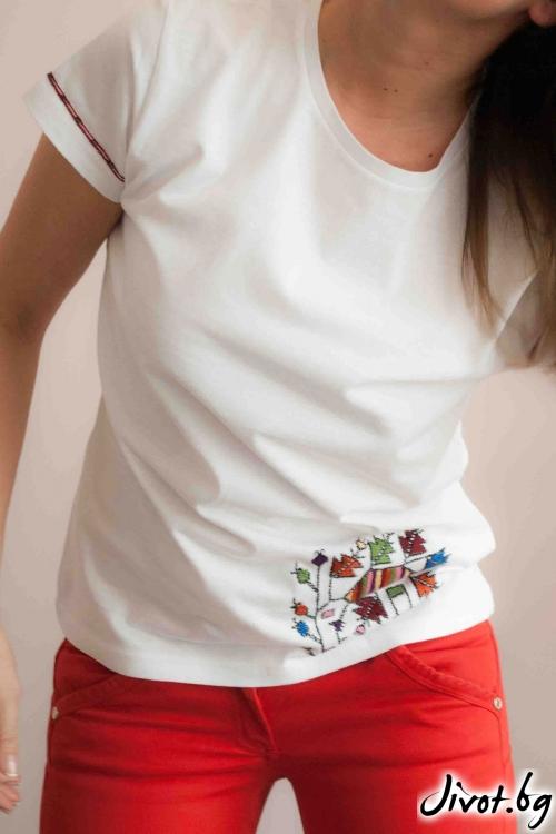 Ръчно бродирана тениска с къс ръкав / EGO Te Provoco