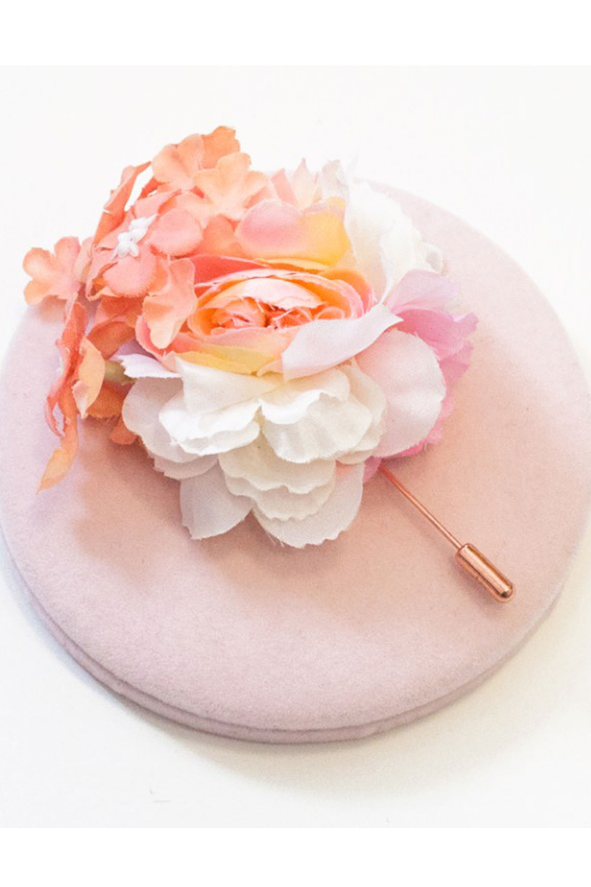 """Ръчно изработена брошка с нежни цветя """"ALICIA"""" / Forget-me-not"""