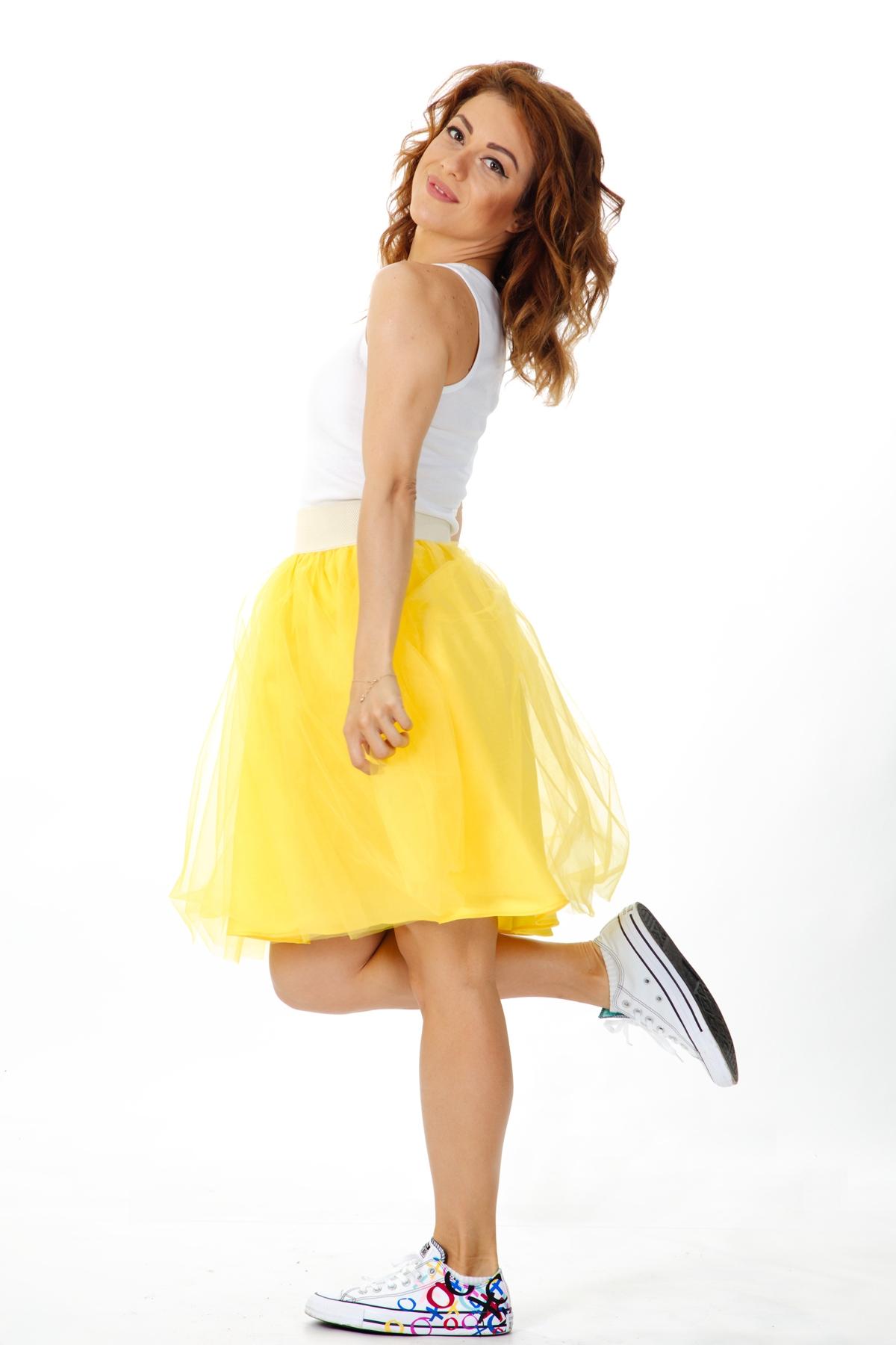 Дамска пола от тюл в жълто и ластик на талията / ShuShi