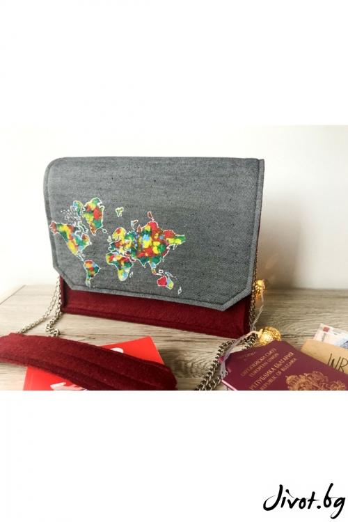 Дамска чанта в бордо с изрисувана Карта на света / EMVy