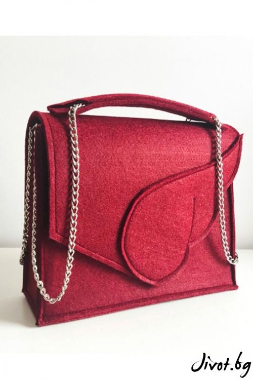 """Дамска чанта """"Крило"""" в бордо с метална верижка / EMVy"""