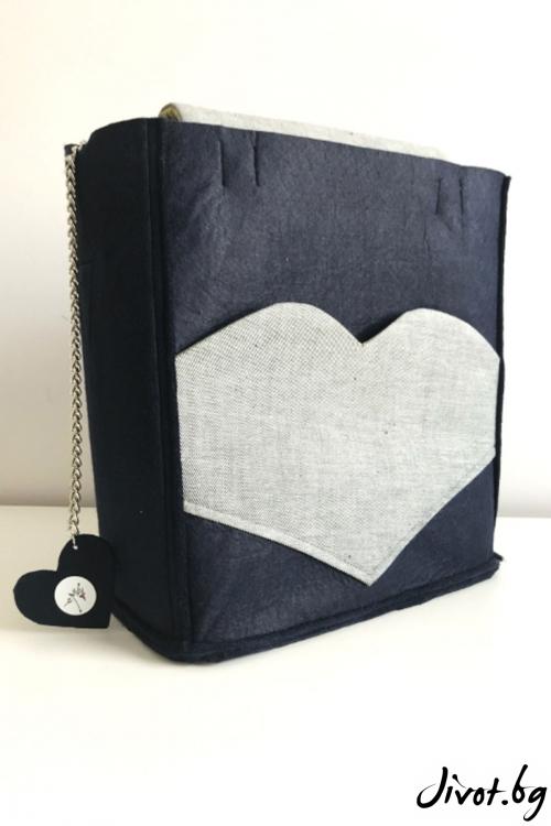 """Тъмносиня чанта с джоб """"Сърце""""/ EMVy"""