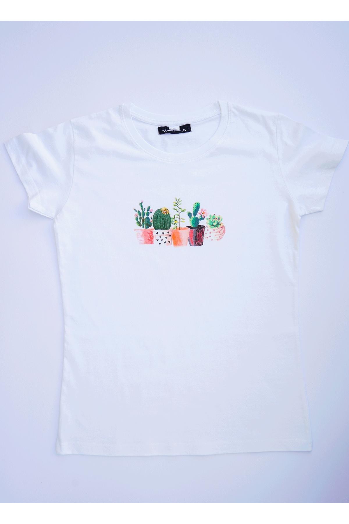 Бяла тениска с малки кактуси / VЯRA за MUSE SHOP