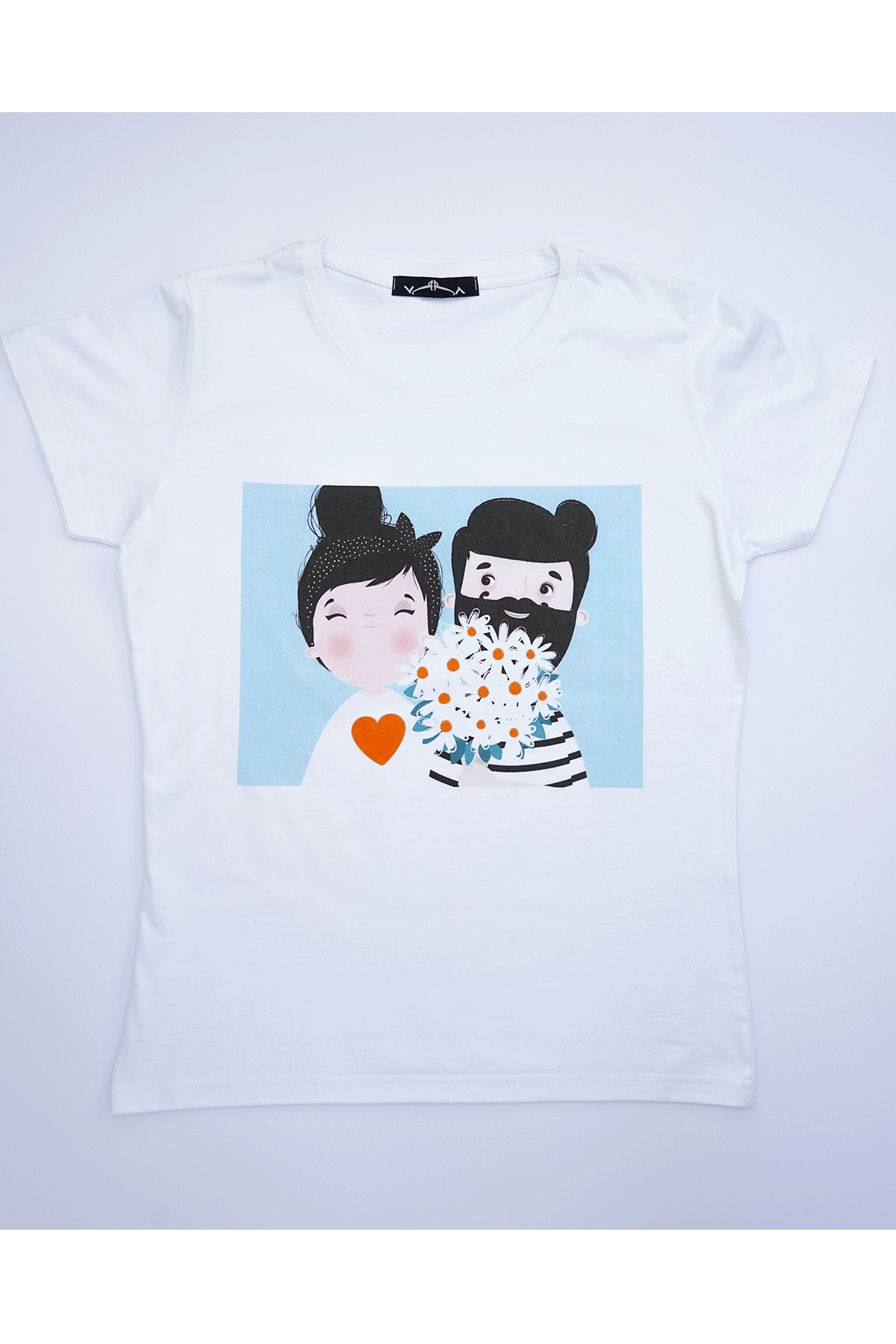 Бяла тениска Love / VЯRA за MUSE SHOP
