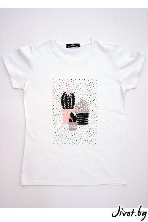 Бяла тениска Весели кактуси / VЯRA за MUSE SHOP
