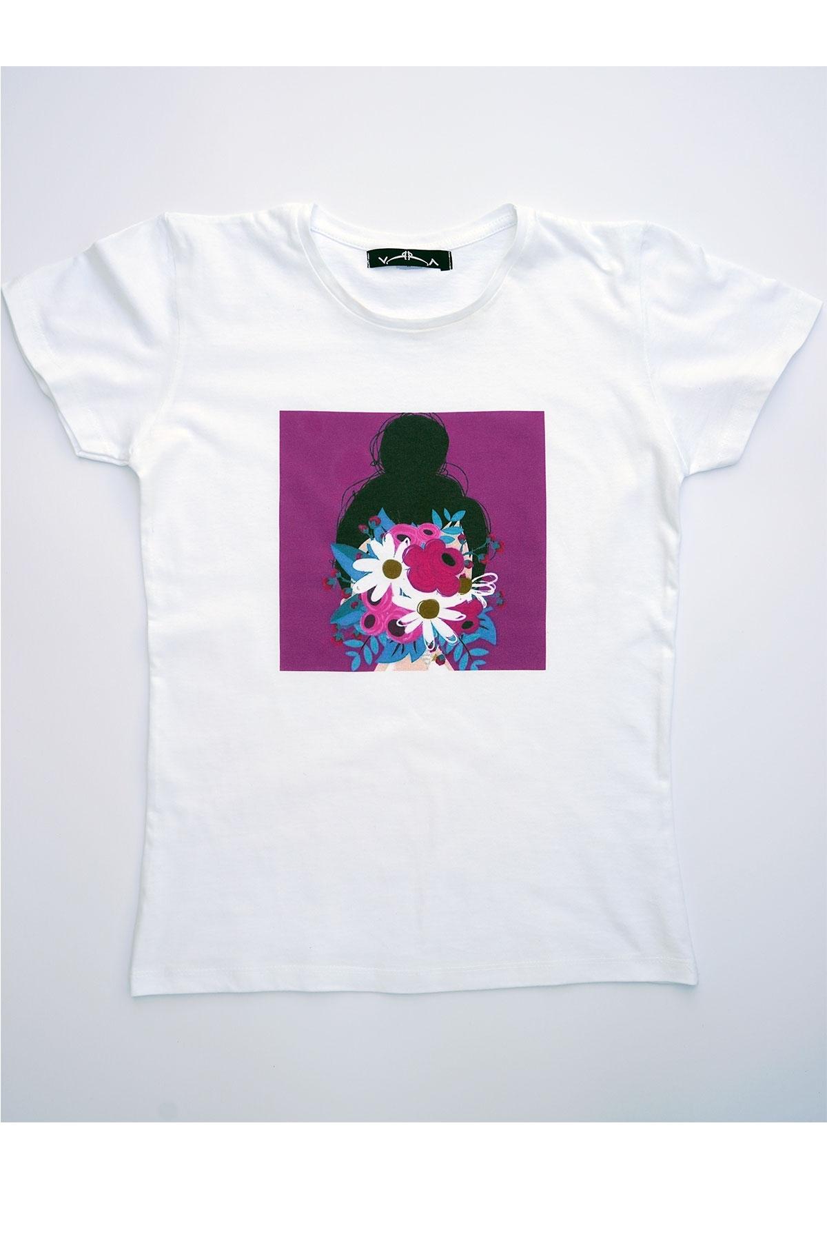Бяла тениска Лицето ми е цвете / VЯRA за MUSE SHOP