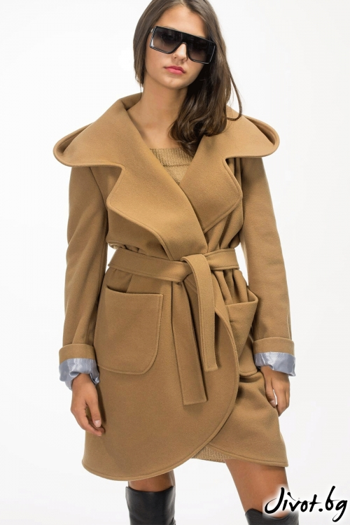 "Палто с качулка цвят ,,CAMEL"" / Vivastela"