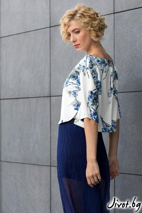 """Разкошна блуза """"Blue flowers"""" / Модна къща АМБИЦИЯ"""
