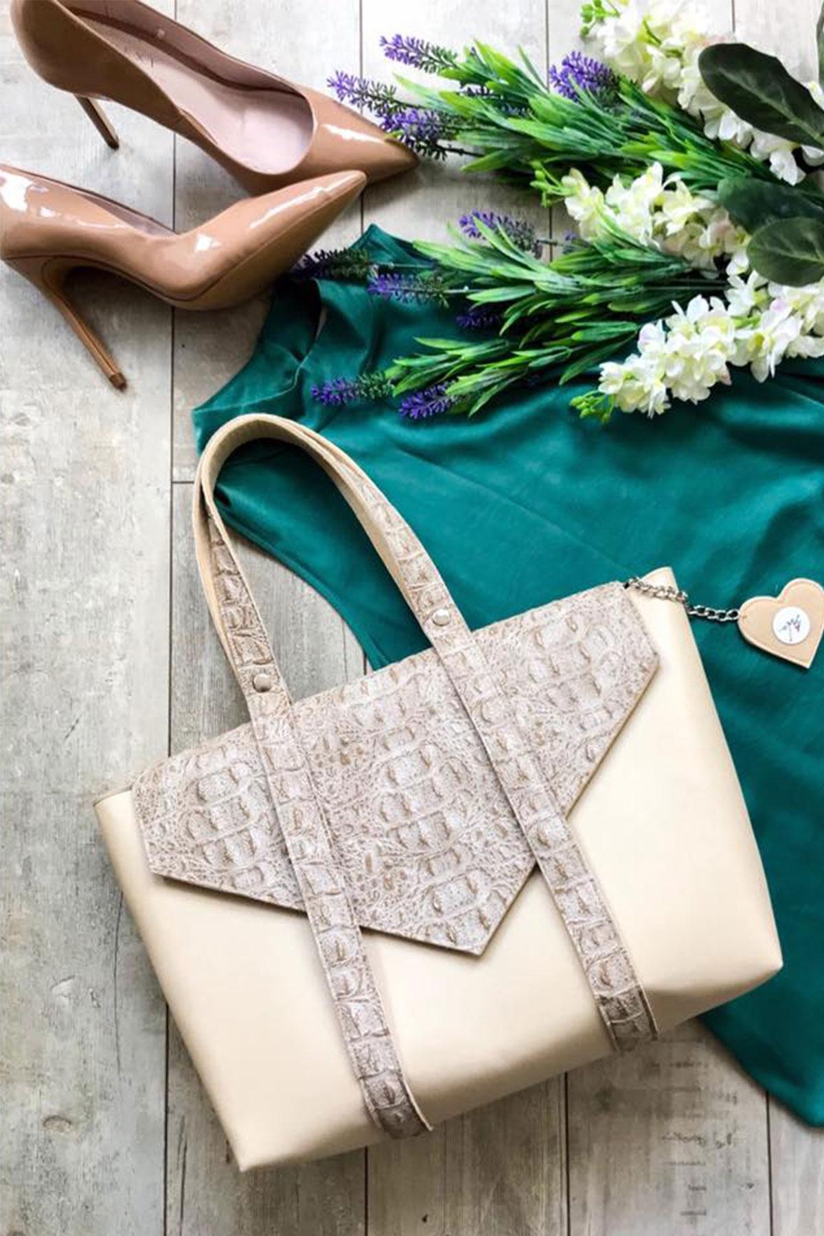 """Дамска чанта от декоративна кожа и филц """"Сахара 2"""" / EMVy"""
