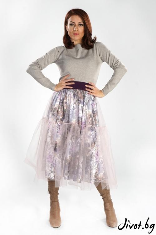 Дамска пола с флорален десен