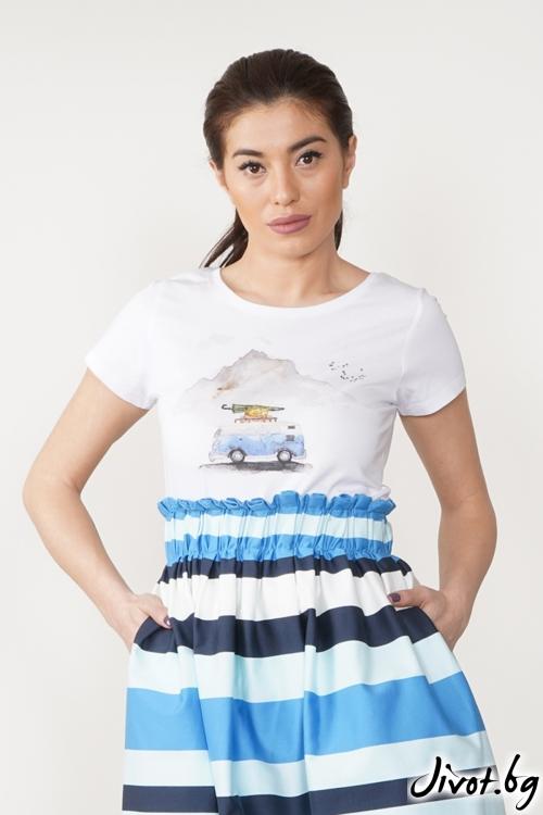 """Ефектна дамска тениска с принт """"Синьо лято""""/VERNE"""
