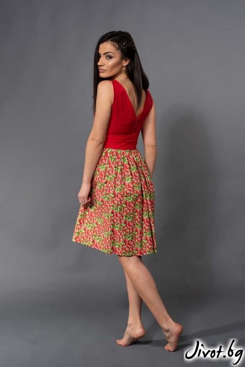 Червена рокля с ягоди / VERNE