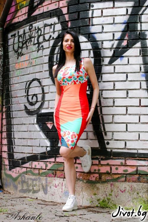 Къса лятна рокля с ефектен гръб / Ashante